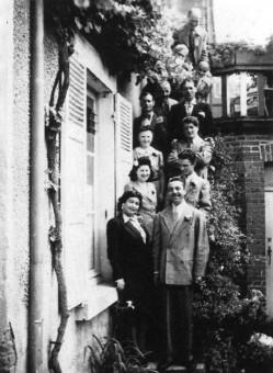 1943年中央フランスのサルブリス、DjangoとNaguineの結婚式。